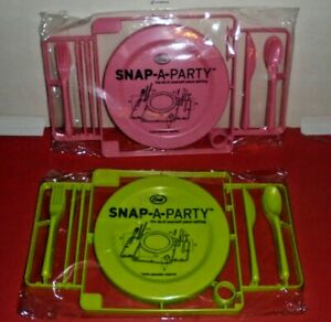 2 VHTF FRED & FRIENDS SNAP-A-PARTY 4 Person Dinner Plate Sets