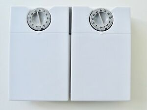 TWIN CAT / DOG FOOD TIMER - GOOD CLEAN FULLY WORKING CONDITION