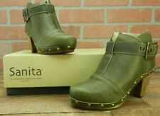 *Sanita Women's Olive Owl Boots Size Euro 35/US 4.5 Buckle New In Box Clogs