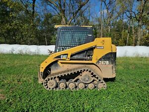 2009 CAT 247B track loader EROPS aux hyd. Well maintained