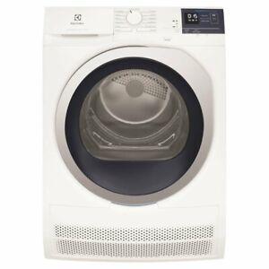 Electrolux 8kg Ultimate Care Condenser Dryer EDC804BEWA RRP $1199.00