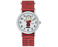 Timex TW2R41200, Peanuts-Linus Weekender Red Slip Thru Fabric Watch