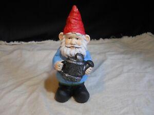 New ~ Leprechaun Garden Gnome ~ w/ Water Bucket