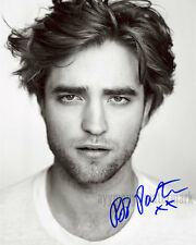 ROBERT PATTINSON 8x10 Autographed Black & White Photo - RP