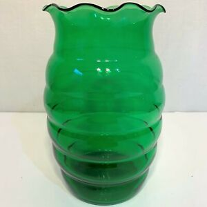 "Green BEEHIVE Shape Scalloped Ruffled 6-7/8"" GLASS VASE Ribbed Flower Bouquet"
