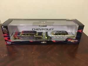New! M2 Machines Chevrolet 1957 Bel Air Custom Gold Chase Set 1 of 750