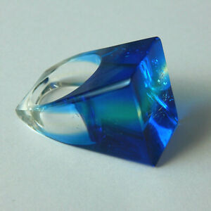 Vintage 1960s Original Large & Chunky Modernist Lucite Ring Electric Blue Size O