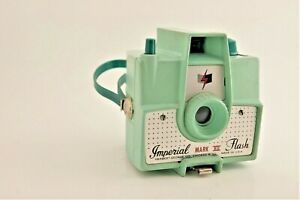 Mint Green Plastic or Bakelite Mid Century Modern Imperial Mark XII Camera