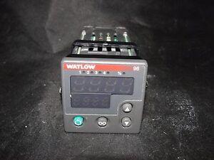 WATLOW 96  96A0-CKAU-00GG TEMPERATURE CONTROLLER M100C NO BRACKET