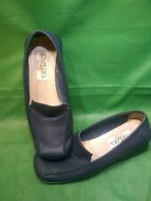 Capezio Lites / Leather Slip On Loafers / Dark Navy Blue Women's Shoes Size 5 M