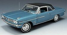 HIGHWAY 61 1:18 1963 PONTIAC LEMAN 326 V8 ENGINE DIECAST CAR 50146