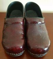 Sanita Women's Burgundy Dark Red Clogs US Size 9-9.5 EUR 40