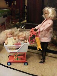 Vintage Tanya Barbie Babysitter And 2 Kids Shopping