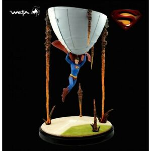 New Limited Edition DC Direct & Weta Superman Statue: Disaster Averted #69