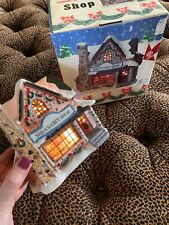 Vintage 3 D Christmas Village Shea's Gift Shop Lighted Diorama Original  Box