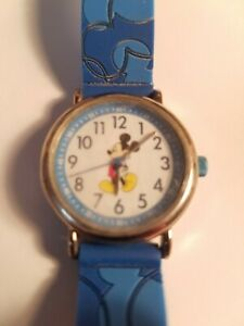 Vintage Mickey Mouse Watch never worn (MUO555)
