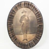 Antique Vintage Picture Frame Oval Frame w/ Drawing Painting of Soldier