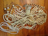 Costume Jewelry Lot Mixture of necklaces, bracelets and earrings
