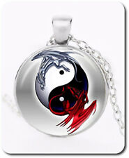 Ying Yang Drache Cabochon Halskette Anhänger Kette Glas Esoterik Silber Rote