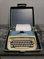 Vintage Blue ROYAL SAFARI Portable Manual TYPEWRITER Made in USA 1960s Mad Men