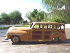 Superbe ! DINKY TOYS Plymouth Woody Estate modèle dinky 344  rare