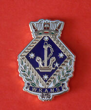 WOMENS ROYAL AUSTRALIAN NAVAL SERVICE WRANS  ENAMEL & GOLD PLATING 25MM HIGH