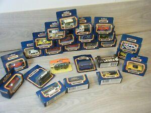 HUGE BUNDLE OF 25 VINTAGE BOXED MATCHBOX METAL DIECAST CARS LOT 2