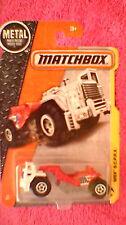 Matchbox (Etats-Unis Carte) - 2017 - #33 MBX s.c.r.p.x. (grattoir) - Blanc, Rouge & Gris