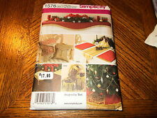 Simplicity Pattern 1576 Christmas Decor by TERI - Pillows~Tree Skirt~Angels~MORE