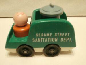 Fisher Price Sesame Street Sanitation Dept. Truck, Oscar In Trash Can, Man  FP3