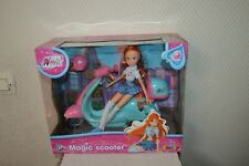 POUPEE   WINX CLUB MAGIC SCOOTER BLOOM COLLECTION  VESPA MUNECA/DOL NEUF 2012