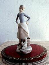 LLADRO GIRL WITH MILK PAIL & DUCK PORCELAIN FIGURINE # 4682 RETIRED 1990 MINT
