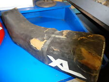 HONDA XL250R 1984 SEAT IN ROUGH SHAPE FOAM OK BUT COVER IS NO GOOD/ BASE OK