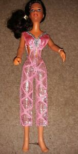 1978 DARCI DOLL BY KENNER G.M.F.G.I. Brown HAIR Pink & Silver  Dress Articulated