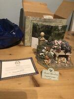 Lilliput Lane Peaceful Pastimes Secret Garden 1998 Collectible (with Deeds)