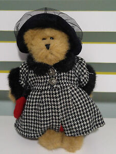 BOYDS TEDDY BEAR TOY RED DRESS CHECKERED COAT WITH BLACK HAT  ROSES! ABOUT 24CM!