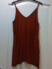 **NEW** LONG RED/BROWN COLOURED  LOOSE FIT TOP, SIZE 8