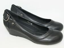 Elegant Court Shoes with Small Wedge Heel IN Black Leather Opitk P027