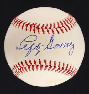 Lefty Gomez HOFer AUTOGRAPHED Rawlings Baseball