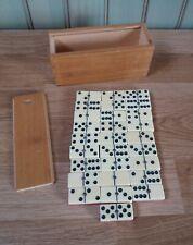 Un ancien jeu de dominos.