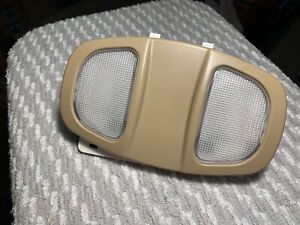 Saturn Vue Chevrolet Equinox Torrent OEM interior courtesy dome map light Tan