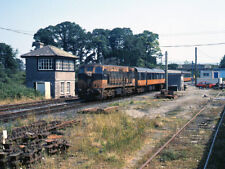 PHOTO  1990 PASSENGER TRAIN AT BIRDHILL CIE 141 CLASS LOCOMOTIVE NO. 157 WAITS T