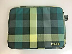 NEW Dakine Girls Laptop Sleeve Large 8260-020 Devin Checks Padded Case Large