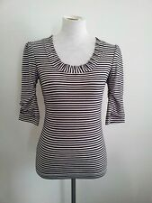 Timeless Black&White! Lisa Ho size 8 viscose blend striped top with 3/4 sleeves