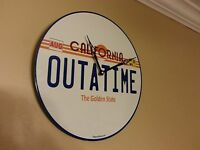 Back to the Future / Delorean / OUTATIME WALL CLOCK - OUTATIME LICENSE PLATE,