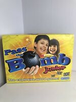 Pass The Bomb Junior Explosive Word Game Gibsons Games Complete (97)