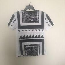 Unkut Paris Mens Small Tshirt