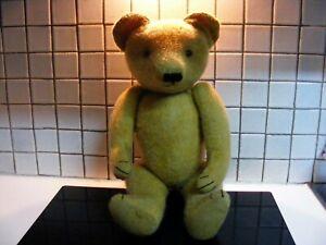 Nabucco ours ancien en excellant  état hauteur 65 cm remplis de paille.