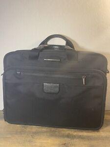 Briggs Riley Briefcase messenger bag style# KB301-4 EUC