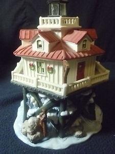 Harborside Porcelain Thomas Lighthouse